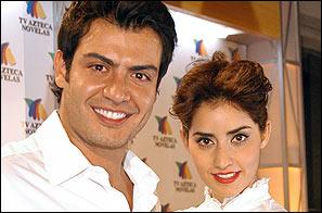 Paola Núñez Y Andrés Palacios en Mientras haya vida