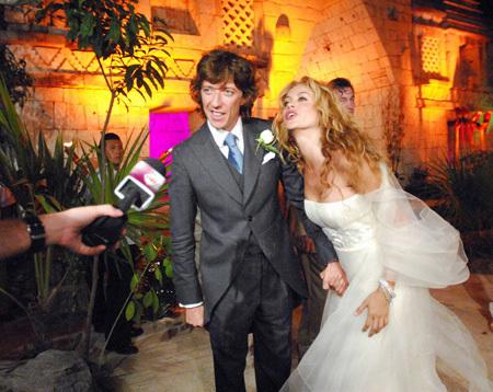 paulina rubio y colate boda