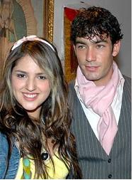 Eiza González y Aarón Díaz