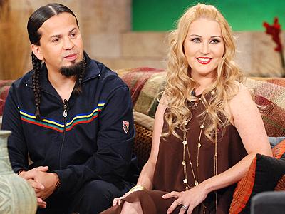 Cruz Martinez y Alicia Villarreal foto people