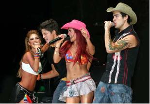 RBD cantando