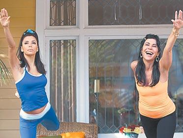 Amas de Casa Desesperadas con un toque muy latino Maria Conchita Alonzo y Señora Solis