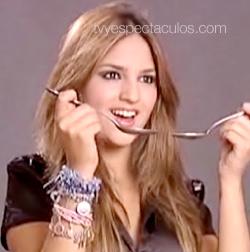 Eiza González  campaña contra la anorexia y la bulimia