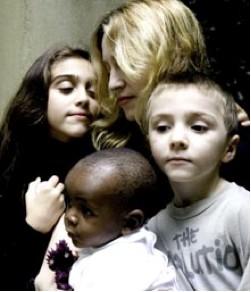 Madonna e hijos