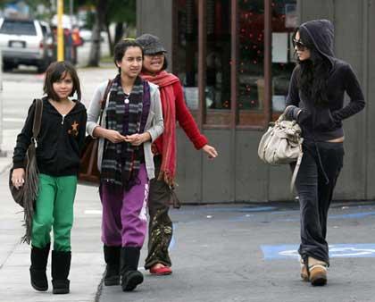 Vanessa Hudgenes captada con su familia