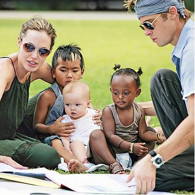 Angelina Jolie y Brad Pitt buscan adoptar a una niña africana