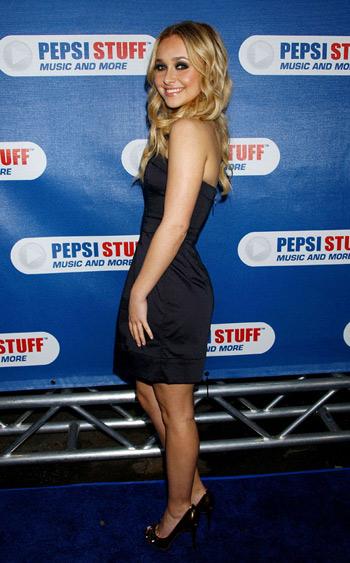 Hayden Panettiere en Pepsi Staff Music