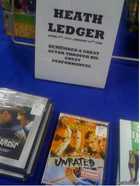 Lucran con la muerte de Heth Ledger