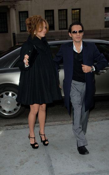 Jennifer López embarazada en babyshower