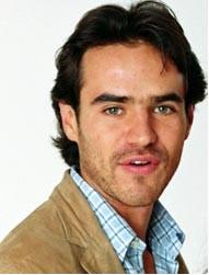 Jorge Poza en telenovela Alma de Fierro