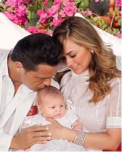 Luis Miguel  Aracely y su hijo