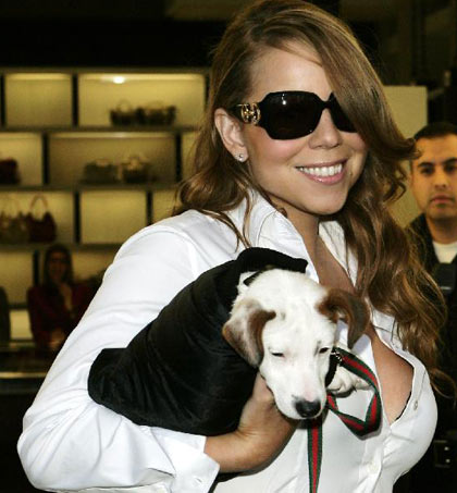 Mariah Carey saliendo de Gucci