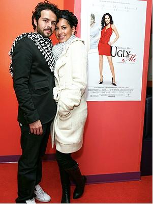 Bárbra Mori y José María Torre en Ugly Me (Pretendiendo)