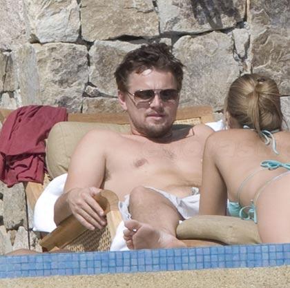 Leonardo DiCaprio  Bar Refaeli bikini