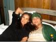 Ashton y Demi Moore en cama