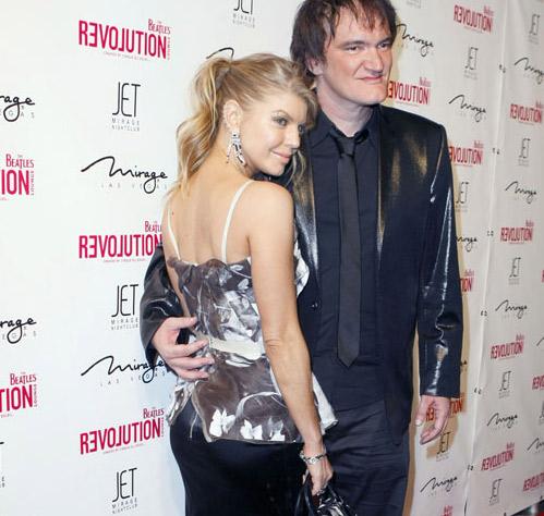 Fergie con Tarantino en alfombra roja