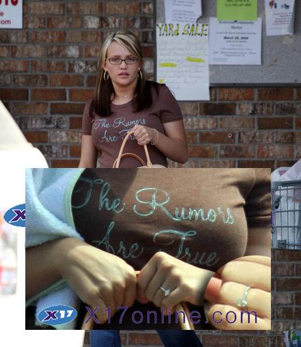 Jaime Lynn con anillo de compromiso
