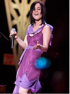 Julieta Venegas cantando