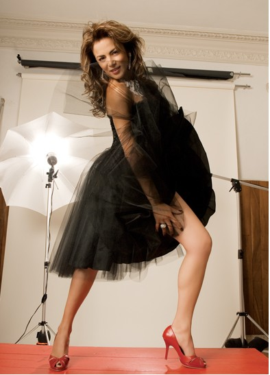 Silvia Navarro posa en la revista Open