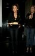 Eva Longoria en Beso restaurant comeindo tacos