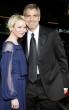 George Clooney  y Renee Zellweger beso rubia