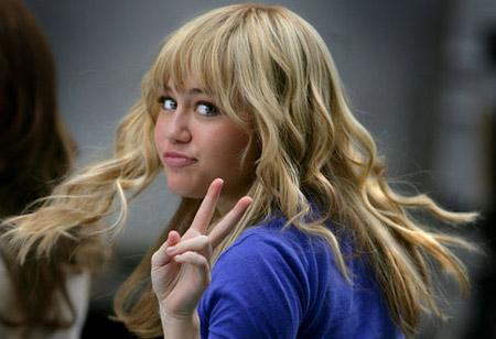 Miley Cyrus Rubia