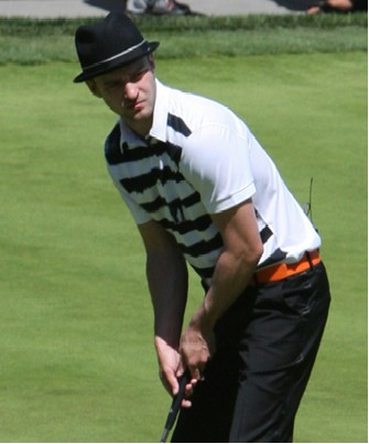justin-golf-just.jpg