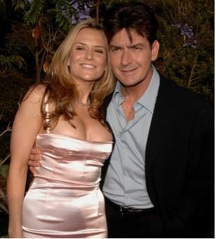 Charly sheen y Brooke Mueller