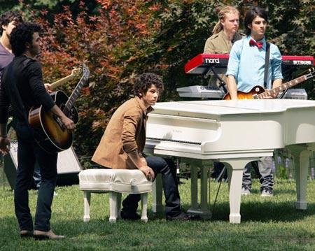 Jonas Brothers grabando nuevo su nuevo video