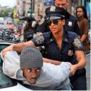 Beyonce de policia en If i was a boy