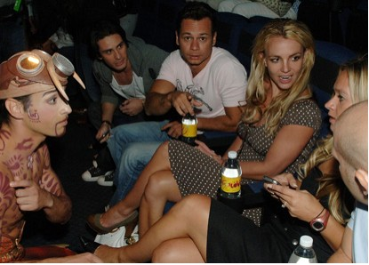 Britney Spears preparandose para los MTV