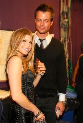 Fergie prepara boda con Josh Duhamel