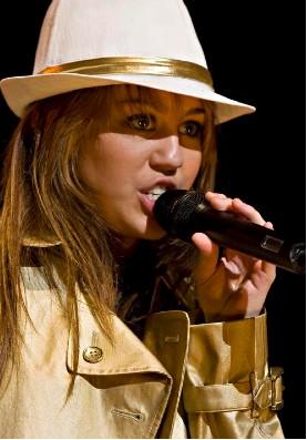 Miley Cyrus en concierto en Londres