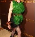 Madonna con look navideño