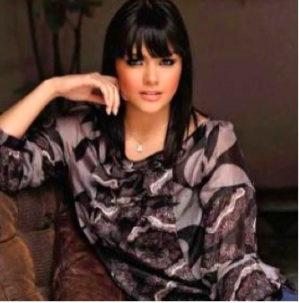 Yuridia Gaxiola en sesión fotográfica