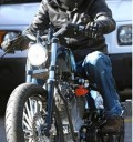 Brad Pitt en moto