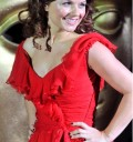 Geri Halliwell con vestido Rojo