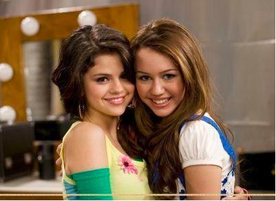 Selena Gomez ama a Miley Cyrus