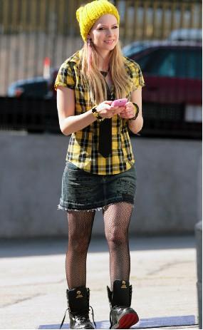 Avril Lavigne muestra la nueva temporada de su línea de ropa