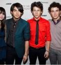 Jonas Brothers y Demi