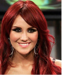 Dulce María graba Beautiful con Akon