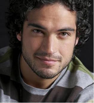 Alfonso Herrera terminó el rodaje de la película Venezzia