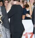 Zac Efron abrazando a Taylor Swift