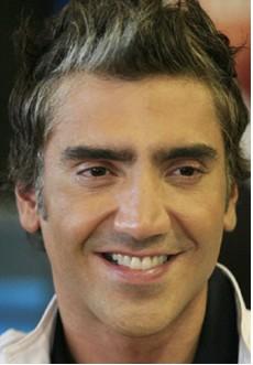 Cumple 38 años Alejandro Fernández