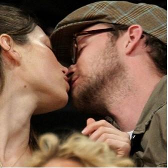 Justin Timberlake y Jessica Biel se desmuestran su amor en público