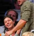 Justin Timberlake y Jessica biel en partido de Los Lakers