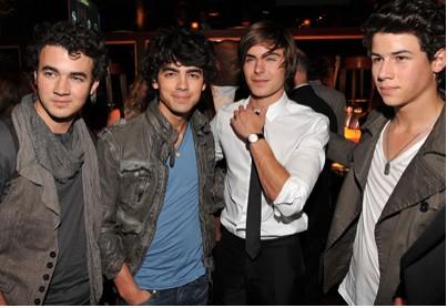 Premier de 17 Again con Zac Efron y Jonas Brothers