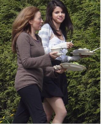 Selena Gomez Grabando Ramona and Beezus