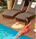 Vanessa Hudgens en Revista Caras de Brasil