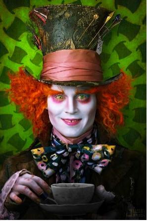 Johnny Depp en Alicia en el País de la Maravillas